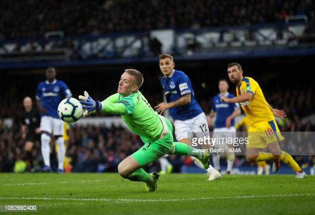 Jordan Pickford of Everton stretches to make a save during the Premier League match between Everton FC and Crystal Palace at Goodison Park on October...