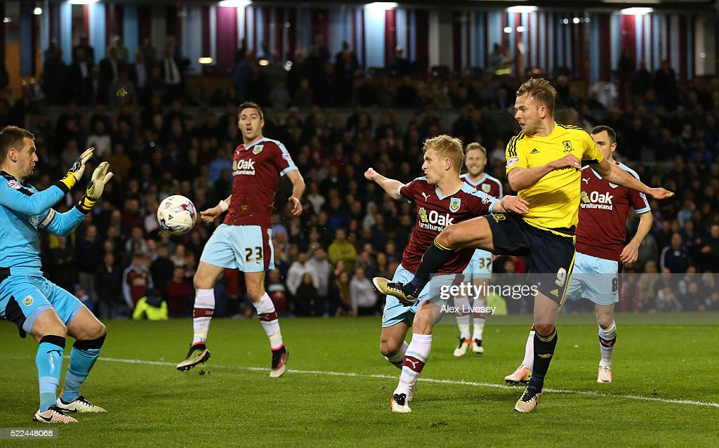 Jordan Rhodes #9 of Middlesbrough scores the opening goal during the Sky Bet Championship match between Burnley and Middlesbrough at Turf Moor on April 19, 2016 in Burnley, United Kingdom.