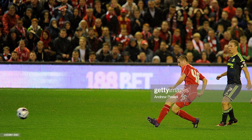 Liverpool v Middlesbrough - Capital One Cup Third Round : News Photo