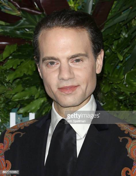 Jordan Roth attends the 11th Annual God's Love We Deliver Golden Heart Awards at Spring Studios on October 16 2017 in New York City