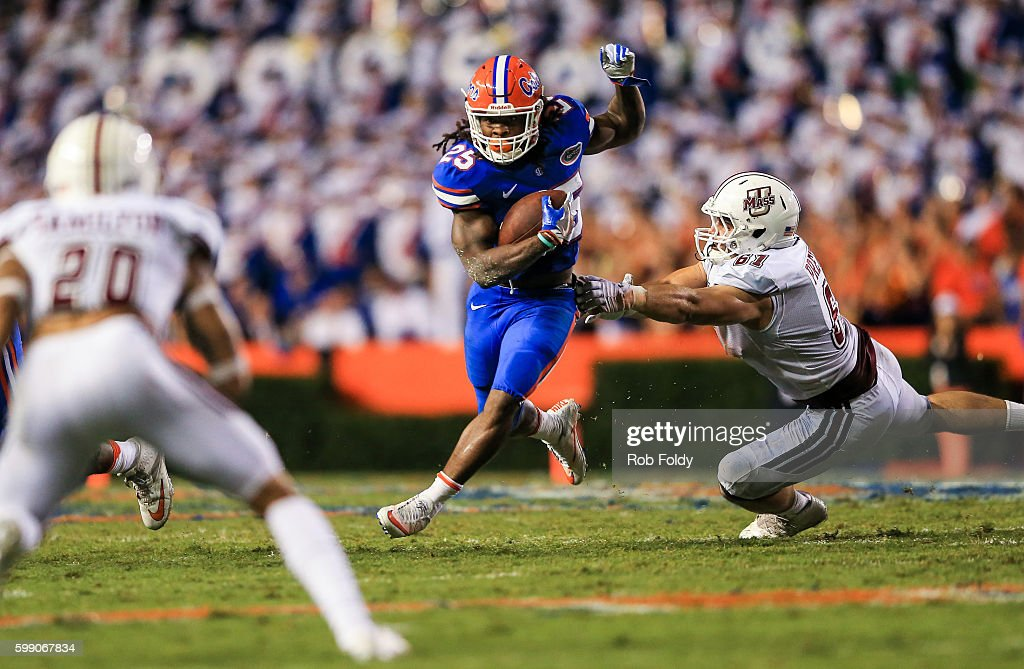 Jordan Scarlett #25 of the Florida Gators in action during the second half of the game against the Massachusetts Minutemen at Ben Hill Griffin Stadium on September 3, 2016 in Gainesville, Florida.