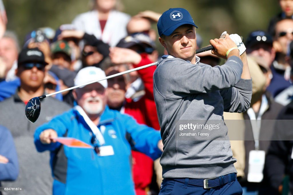 Jordan Spieth hits his tee shot on the sixth hole during Round Three of the AT&T Pebble Beach Pro-Am at Pebble Beach Golf Links on February 11, 2017 in Pebble Beach, California.