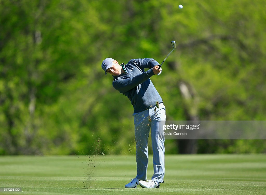Jordan Spieth of the United States hits his approach shot on the second hole during the second round of the World Golf Championships-Dell Match Play at the Austin Country Club on March 24, 2016 in Austin, Texas.