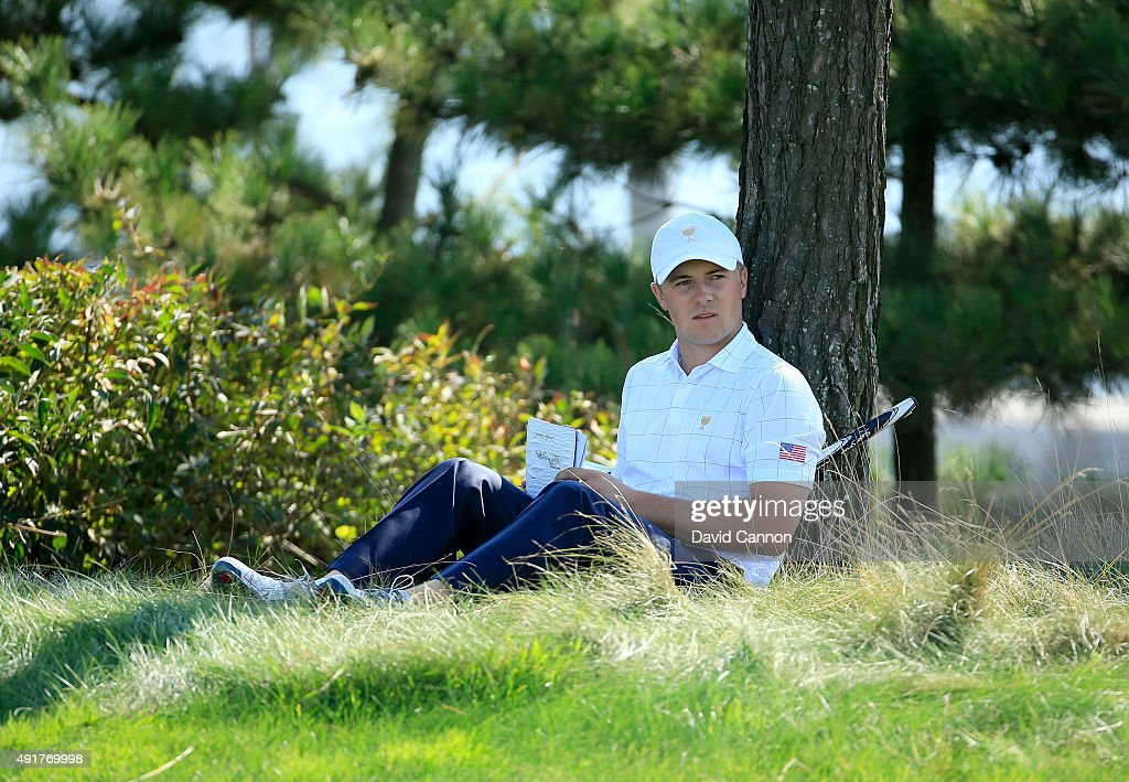 Jordan Spieth of the United States Team waits on the 11th tee during the Thursday foursomes matches at The Presidents Cup at Jack Nicklaus Golf Club Korea on October 8, 2015 in Songdo IBD, Incheon City, South Korea