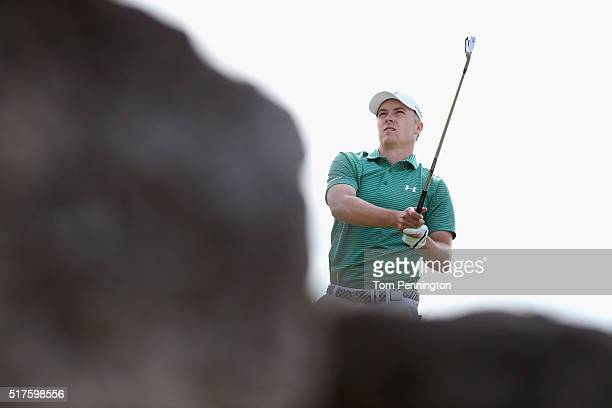 Jordan Spieth of the United watches his tee shot on the seventh hole during the round of 16 in the World Golf ChampionshipsDell Match Play at the...