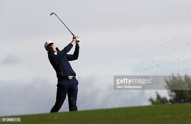 Jordan Spieth plays a shot while practicing prior to the 2016 Ryder Cup at Hazeltine National Golf Club on September 27, 2016 in Chaska, Minnesota.