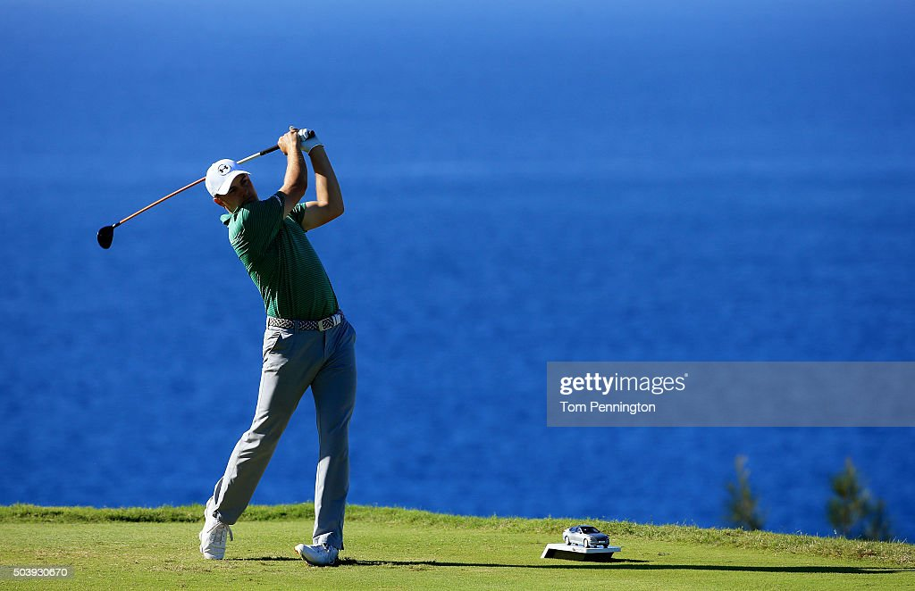 Jordan Spieth plays his shot from the 13th tee during round one of the Hyundai Tournament of Champions at the Plantation Course at Kapalua Golf Club on January 7, 2016 in Lahaina, Hawaii.