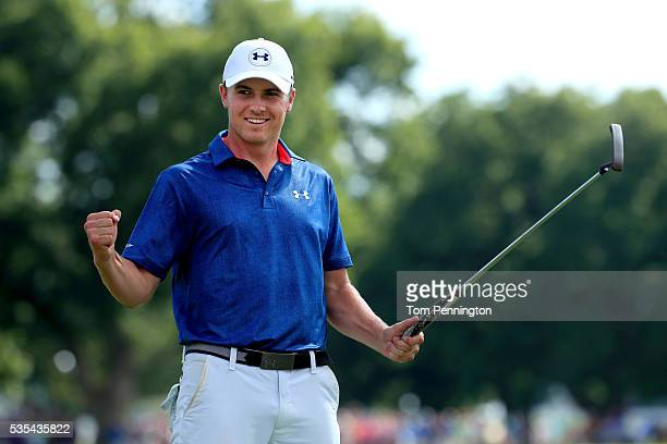 Jordan Spieth reacts to making a birdie putt on the 18th green to win the DEAN DELUCA Invitational at Colonial Country Club on May 29 2016 in Fort...