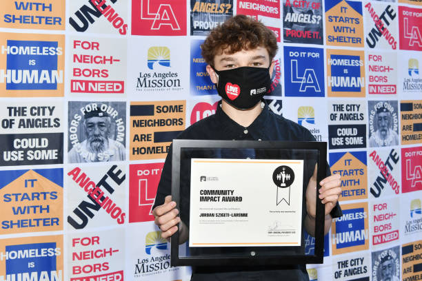 CA: Los Angeles Mission Presents Community Impact Award To Irvine Teenager Jordan Szigeti-Larenne For His Homes2Go Cart Invention