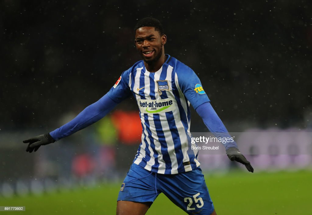 Jordan Torunarigha of Hertha BSC celebrates after scoring his team's third goal during the Bundesliga match between Hertha BSC and Hannover 96 at Olympiastadion on December 13, 2017 in Berlin, Germany.
