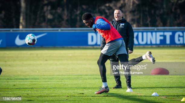 Jordan Torunarigha of Hertha BSC heads the ball during the training session at Schenckendorffplatz on January 26, 2021 in Berlin, Germany.