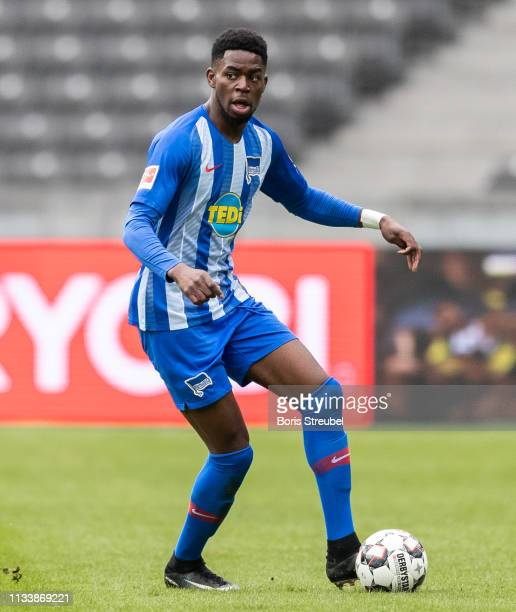Jordan Torunarigha of Hertha BSC runs with the ball during the Bundesliga match between Hertha BSC and 1 FSV Mainz 05 at Olympiastadion on March 02...