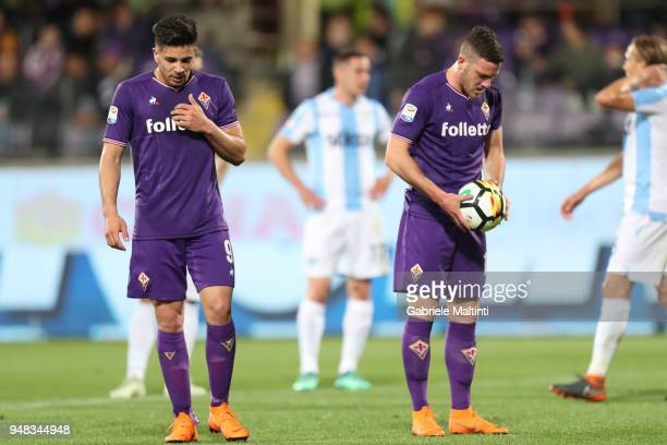 Jordan Veretout and Giovanni Simeone of ACF Fiorentina in action during the serie A match between ACF Fiorentina and SS Lazio at Stadio Artemio...