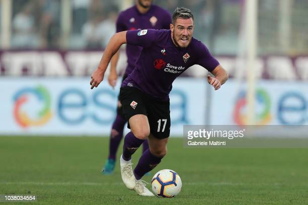 Jordan Veretout of ACF Fiorentina in action during the Serie A match between ACF Fiorentina and SPAL at Stadio Artemio Franchi on September 22 2018...