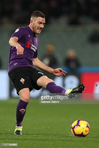 Jordan Veretout of ACF Fiorentina in action during the Serie A match between ACF Fiorentina and FC Internazionale at Stadio Artemio Franchi on...
