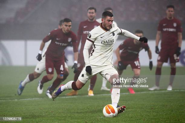 Jordan Veretout of AS Roma scores from penalty kick during the UEFA Europa League Group A stage match between CFR Cluj and AS Roma at Constantin...