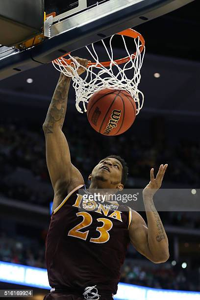 Jordan Washington of the Iona Gaels dunks the ball against the Iowa State Cyclones during the first round of the 2016 NCAA Men's Basketball...