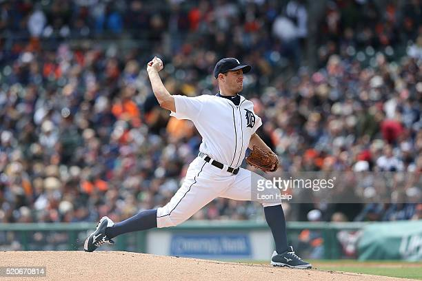 Jordan Zimmermann of the Detroit Tigers pitches during the first inning of the Opening Day Game against the New York Yankees on April 8 2016 at...