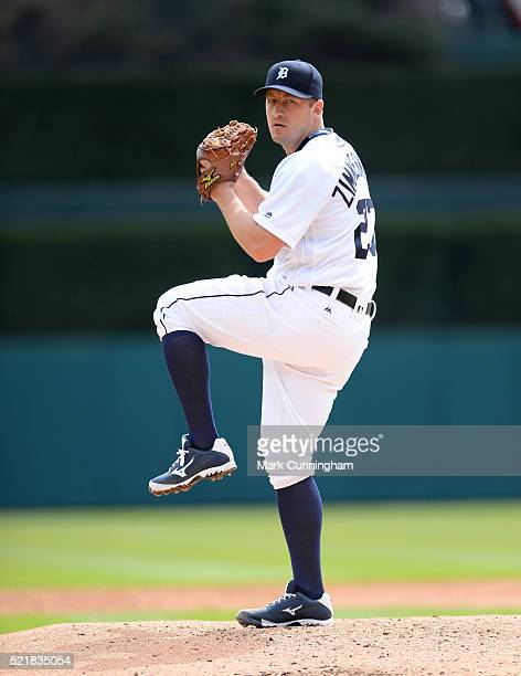 Jordan Zimmermann of the Detroit Tigers throws a warmup pitch during the Opening Day game against the New York Yankees at Comerica Park on April 8...