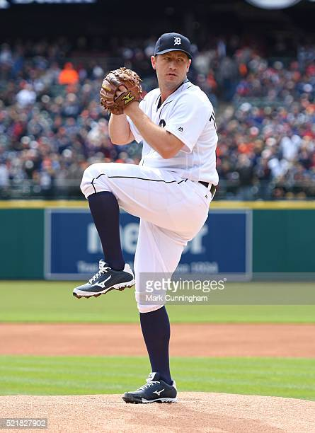 Jordan Zimmermann of the Detroit Tigers throws a warmup pitch prior to the Opening Day game against the New York Yankees at Comerica Park on April 8...