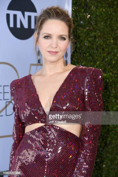 Jordana Spiro attends the 25th Annual Screen ActorsGuild Awards at The Shrine Auditorium on January 27 2019 in Los Angeles California