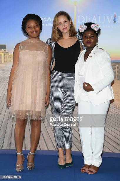 Jordana Spiro Dominique Fishback and Tatum Marylin Hall attend the photocall for Night Comes On on September 4 2018 in Deauville France
