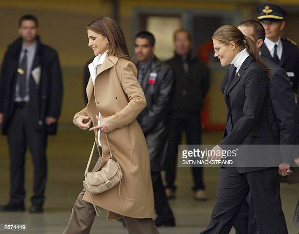 Jordanian Queen Rania alAbdullah walks towards the plane after saying goodbye to Swedish Crown Princess Victoria and the King and Queen in Kiruna in...