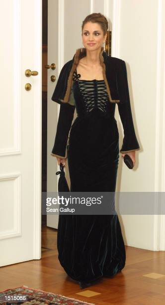 Jordanian Queen Rania arrives for a dinner reception in her and her husband King Abdullah's honor at Bellevue Palace in October 22 2002 in Berlin...