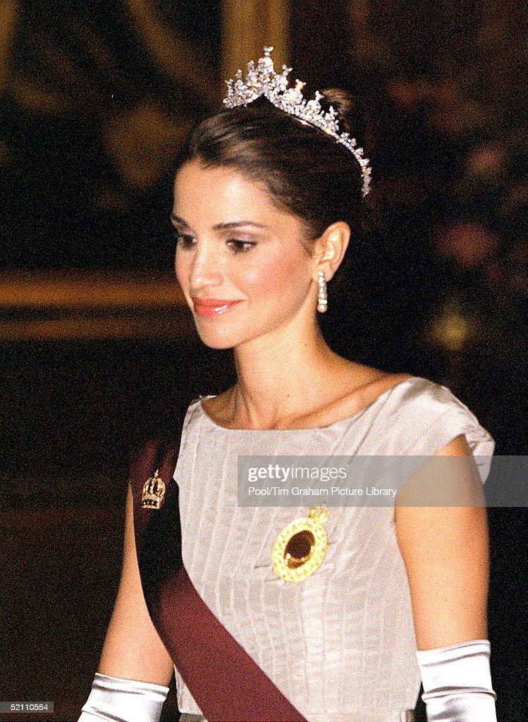 Jordanian State Visit Banquet At Windsor Castle. Queen Rania Of The Hashemite Kingdom Of Jordan.