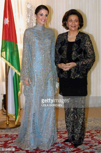 Jordan's Queen Rania and Egypt's First Lady Suzanne Mubarak pose for photographers ahead of a dinner on the occasion of the second Arab Women's...