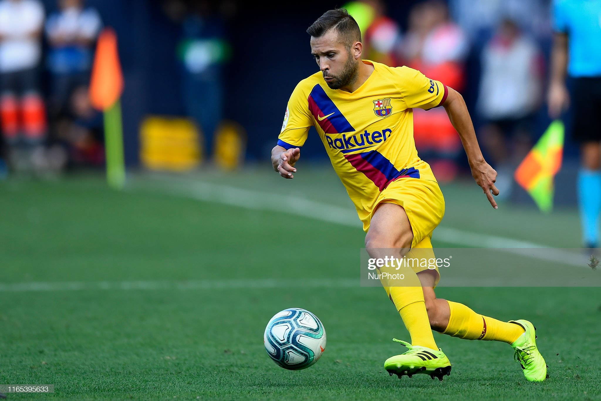 صور مباراة : أوساسونا - برشلونة 2-2 ( 31-08-2019 )  Jordi-alba-of-barcelona-ina-action-during-the-liga-match-between-ca-picture-id1165395633?s=2048x2048