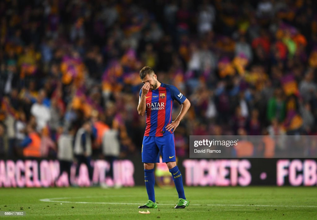 Jordi Alba of Barcelona looks dejected during the La Liga match between Barcelona and Eibar at Camp Nou on 21 May, 2017 in Barcelona, Spain.