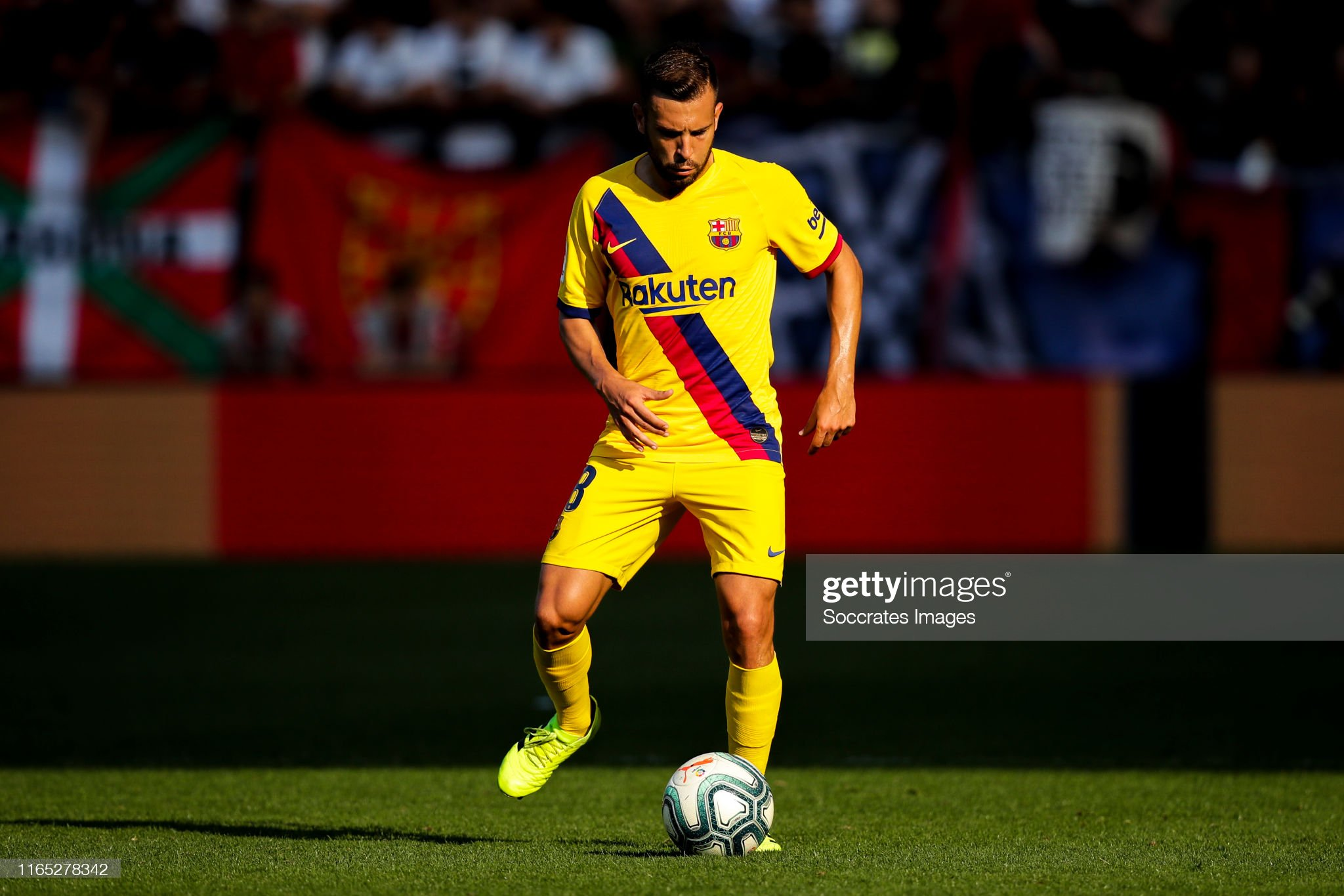 صور مباراة : أوساسونا - برشلونة 2-2 ( 31-08-2019 )  Jordi-alba-of-fc-barcelona-during-the-la-liga-santander-match-between-picture-id1165278342?s=2048x2048