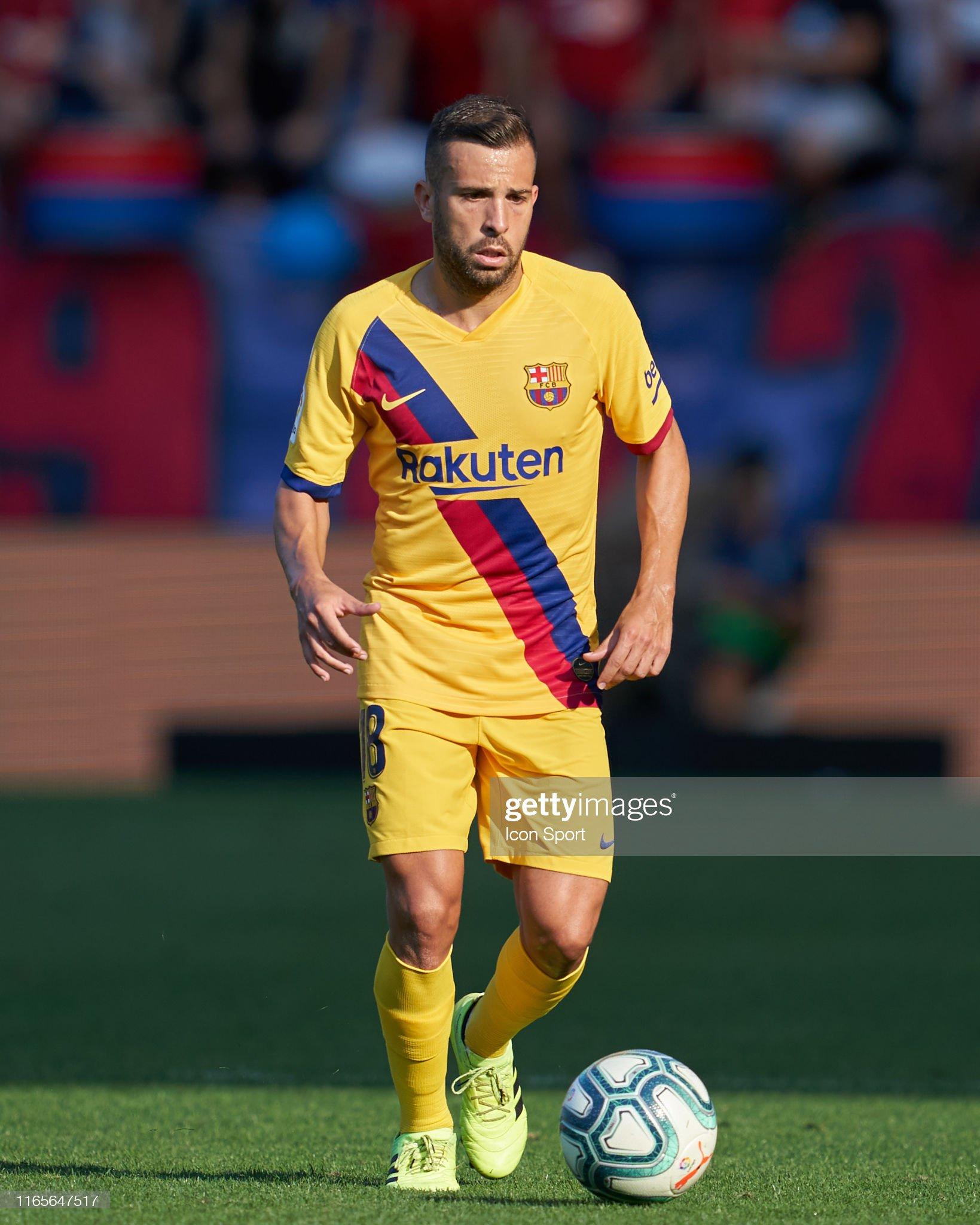 صور مباراة : أوساسونا - برشلونة 2-2 ( 31-08-2019 )  Jordi-alba-of-fc-barcelona-during-the-liga-match-between-osasuna-and-picture-id1165647517?s=2048x2048