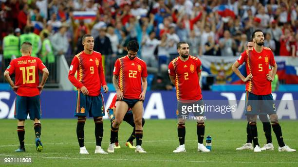 Jordi Alba of Spain Rodrigo Moreno of Spain Isco Alarcon of Spain Dani Carvajal of Spain and Sergio Busquets of Spain look on during the 2018 FIFA...