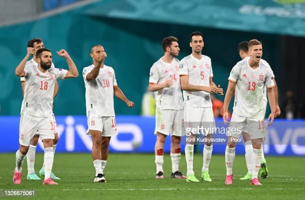 Jordi Alba, Thiago Alcantara, Aymeric Laporte, Sergio Busquets and Dani Olmo of Spain celebrate in the penalty shoot out during the UEFA Euro 2020...