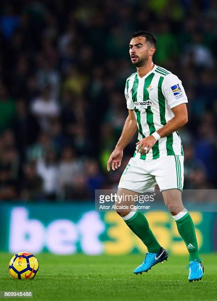 Jordi Amat of Real Betis Balompie in action during the La Liga match between Real Betis and Getafe at Estadio Benito Villamarin on November 3 2017 in...