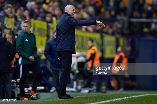 Jordi Cruyff head coach of Maccabi Tel Aviv FC reacts at the dugout during the UEFA Europa League group A match between Villarreal CF and Maccabi Tel...