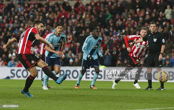 Jordi Gomez of Sunderland scores the opening goal from the penalty spot during the Barclays Premier League match between Sunderland and West Ham...