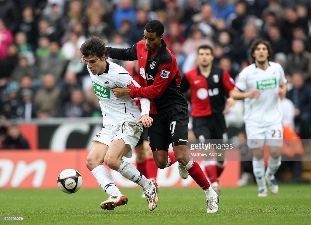 Soccer - FA Cup - Swansea City vs. Fulham : News Photo