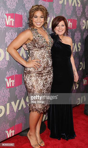 Jordin Sparks and Kelly Clarkson 2009 VH1 Divas at Brooklyn Academy of Music on September 17 2009 in New York City