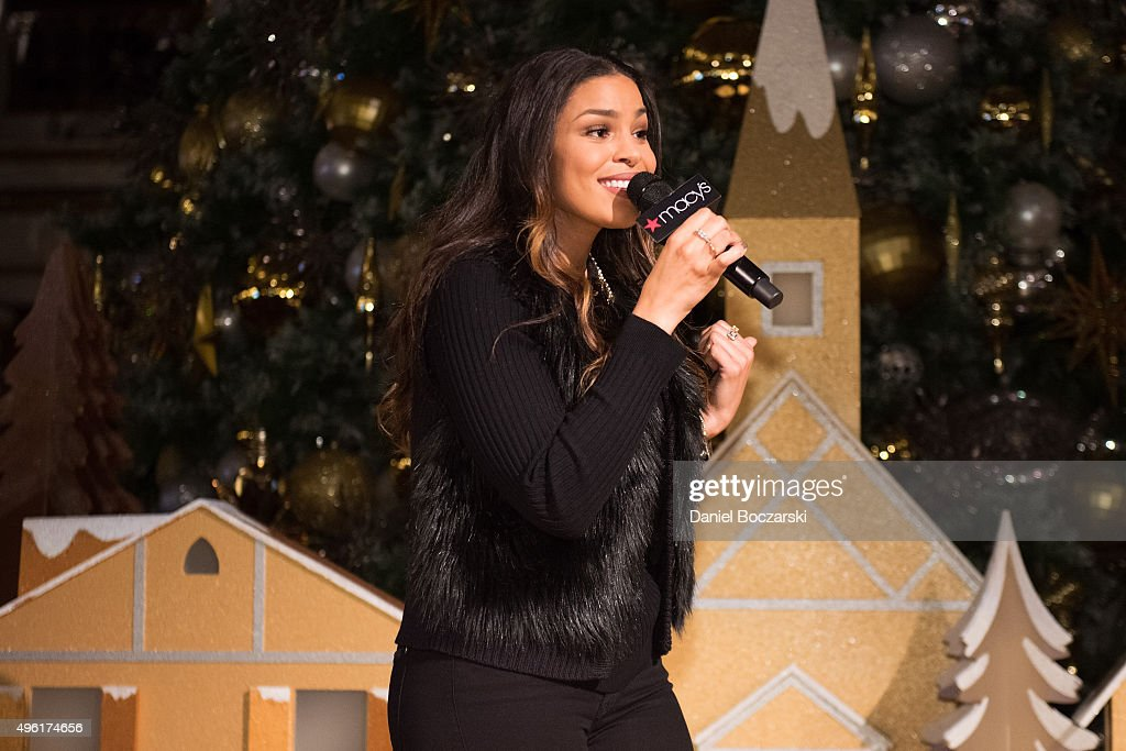 Jordin Sparks performs at Macy's Great Tree Lighting in Chicago to launch the eight annual Macy's Believe Campaign on November 7, 2015 in Chicago, Illinois.