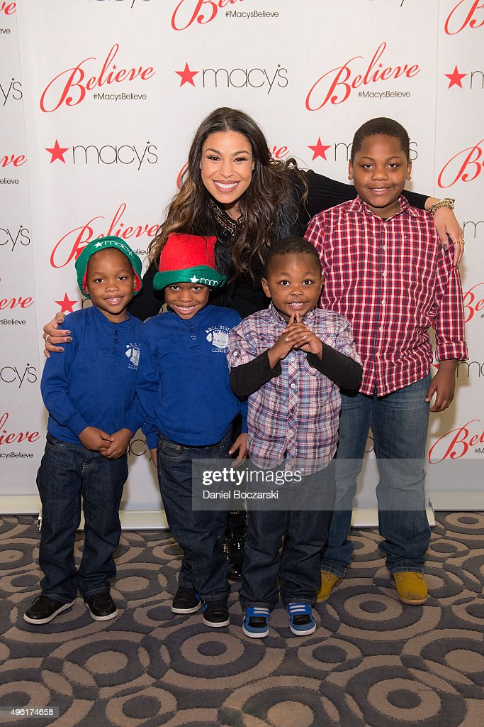 Jordin Sparks visits with special Make-A-Wish family to kick off the Macy's Believe Campaign during 108th annual Great Tree Lighting at Macy's on State Street on November 7, 2015 in Chicago, Illinois.