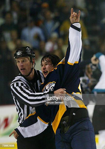 Jordin Tootoo of the Nashville Predators salutes the fans after a third period brawl with the San Jose Sharks during their 2007 Western Conference...
