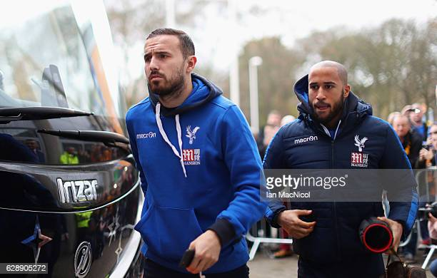 Jordon Mutch and Andros Townsend of Crystal Palace arrive prior to the Premier League match between Hull City and Crystal Palace at KCOM Stadium on...