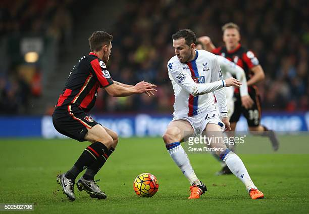 Jordon Mutch of Crystal Palace takes on Dan Gosling of Bournemouth during the Barclays Premier League match between AFC Bournemouth and Crystal...