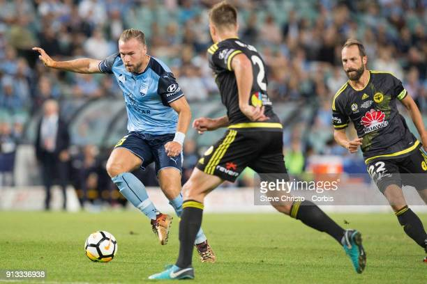 Jordy Buijs of Sydney FC dribbles the ball during the round 19 ALeague match between Sydney FC and the Wellington Phoenix at Allianz Stadium on...