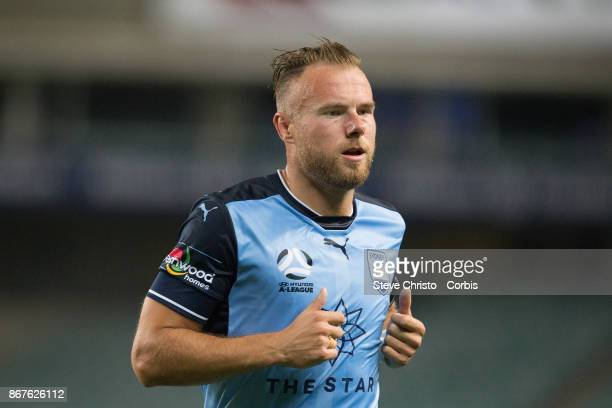 Jordy Buijs of Sydney FC prepares to take a corner during the round four ALeague match between Sydney FC and the Perth Glory at Allianz Stadium on...