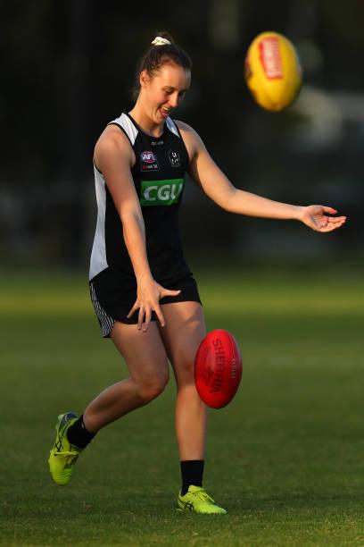 AUS: Collingwood Magpies AFLW Training Session