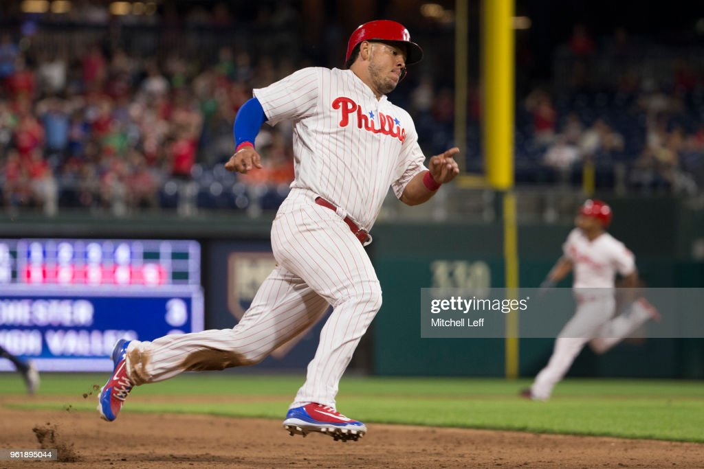 Jorge Alfaro #38 of the Philadelphia Phillies runs home on an RBI double by Nick Williams against the Atlanta Braves in the bottom of the eighth inning at Citizens Bank Park on May 23, 2018 in Philadelphia, Pennsylvania. The Phillies defeated the Braves 4-0.